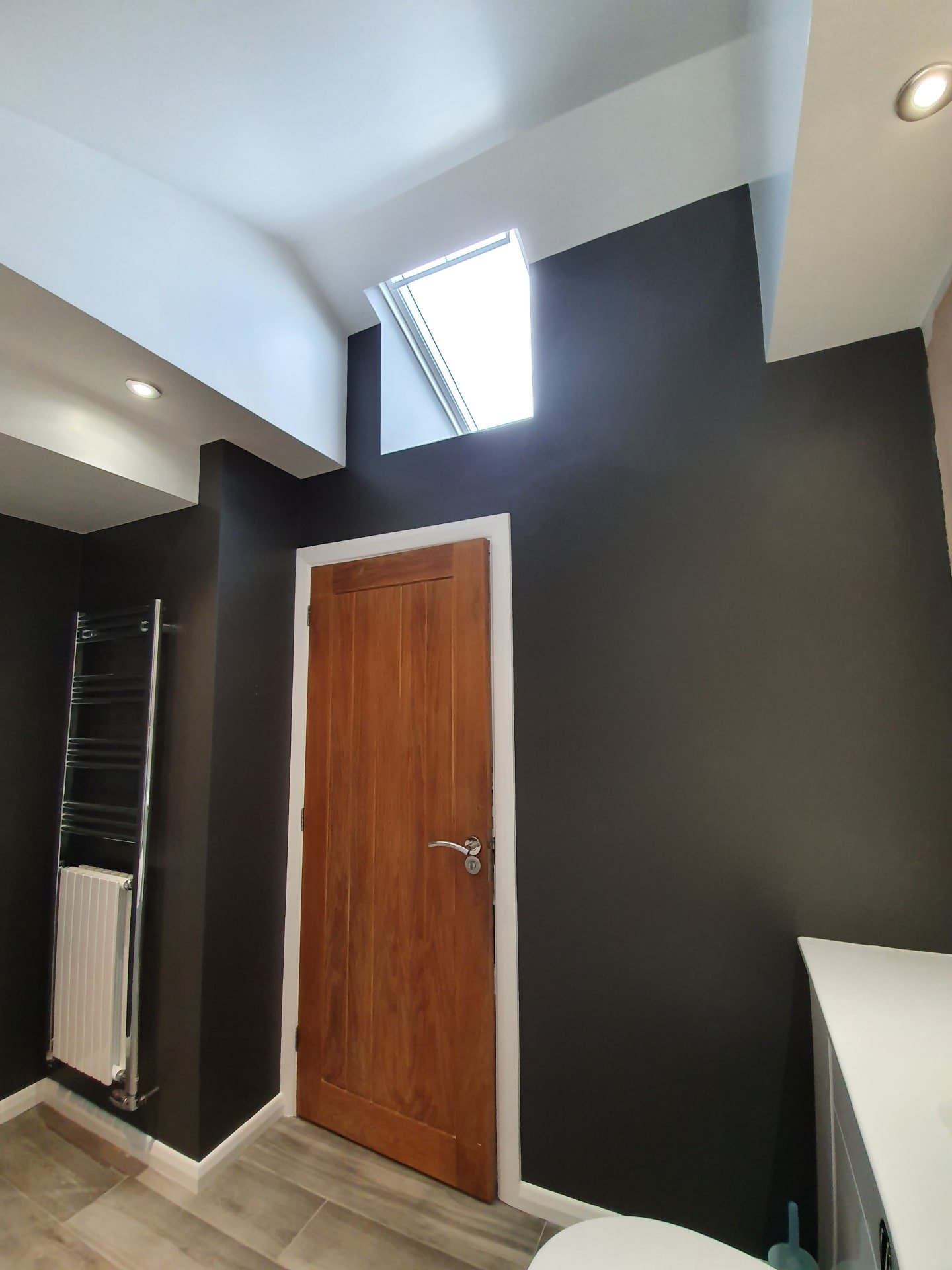 Bathroom painting and decorating - modern monochrome