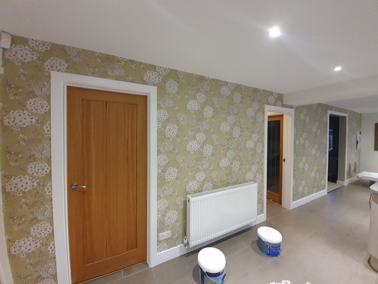 A kitchen prior to being decorated